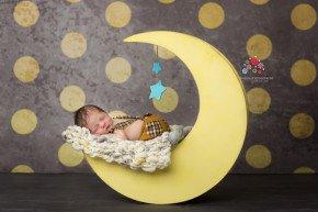 Award winning NJ newborn photographer