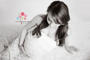 Maternity Photographer Summit NJ - Beauty & Grace in black and white