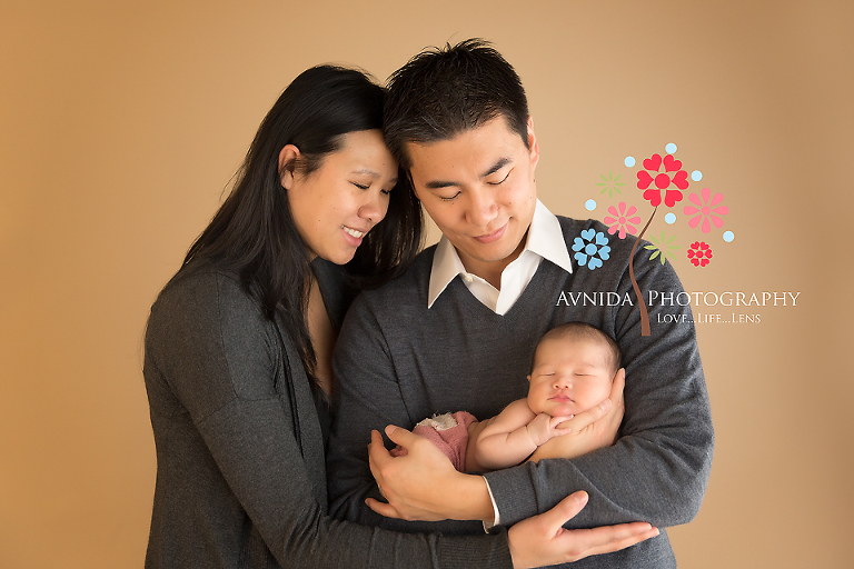 Newborn photography bergen county nj mom and dad are here now time to sleep