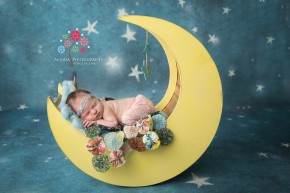 Newborn Photos Basking Ridge NJ - the nights are clear and you can see all the stars - this one almost makes me want to sing a lullaby