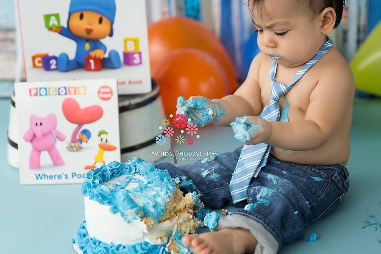 Who Says You Cant Have Your First Birthday Cake Smash While Wearing A Tie