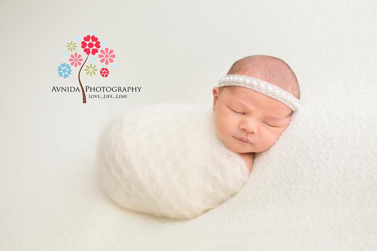 Newborn photographer ridgewood nj the complete smogarsboard of white with white light white