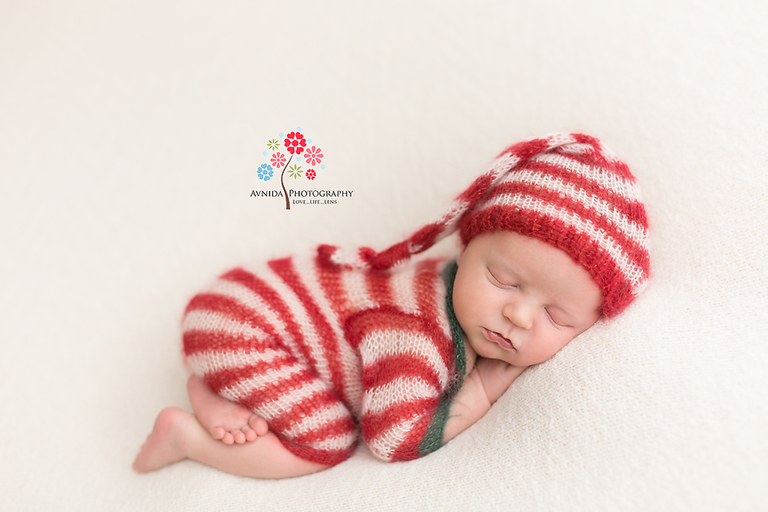 Newborn Photographer Lyons NJ - Now for some real relaxation, in a cute Christmas outfit