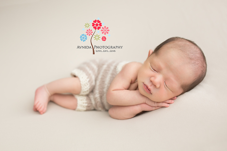 Newborn photographer morris county nj lets see if you can guess which pose this is