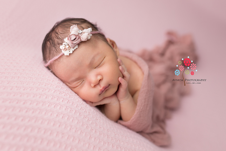 Newborn photography flemington nj lying on the side dreaming good dreams this little girl