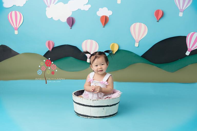 Cake Smash Photography Haworth NJ - the hot air balloon theme, custom design and hand made with love by Avnida Photography