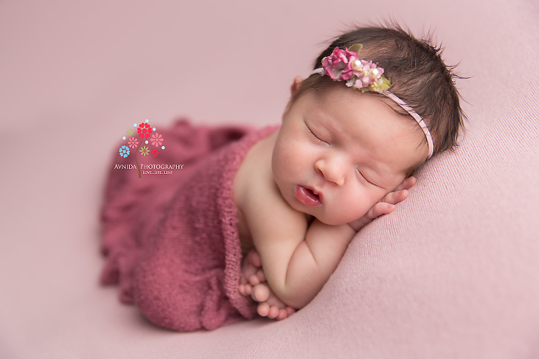 Newborn Photography Spring Lake NJ - Taking newborn photographs isn't limited to just the technical details of a camera, you need the appropriate lighting and the perfect combination of colors