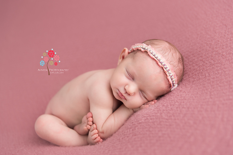 Newborn Photography Rumson NJ - The beauty of the simplicity sometimes has to be seen