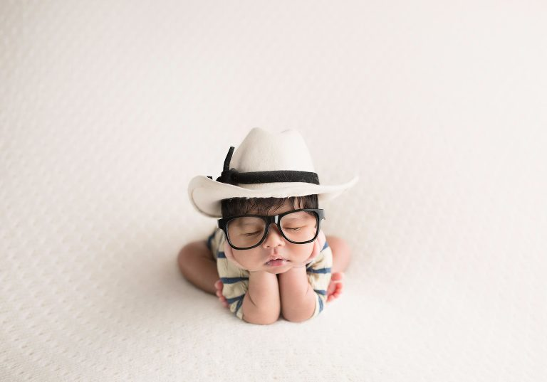 The really cute nerdy cowboy - presented by Avnida Photography