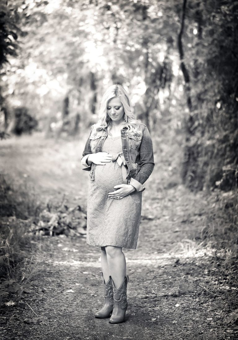 Focus only on the bond between a mother and the life she is nurturing. Heart warming maternity photography by Avnida Photography.