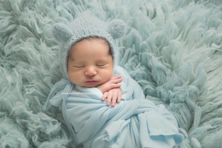 Newborn photographer northern nj cute puffy cheeks little baby fingers and the soft baby