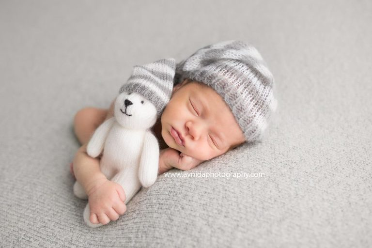 Newborn photography hackettstown nj best friends stick together and look just like each other