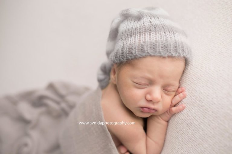 Newborn photography hackettstown nj see those little newborn baby fingers thats why i love