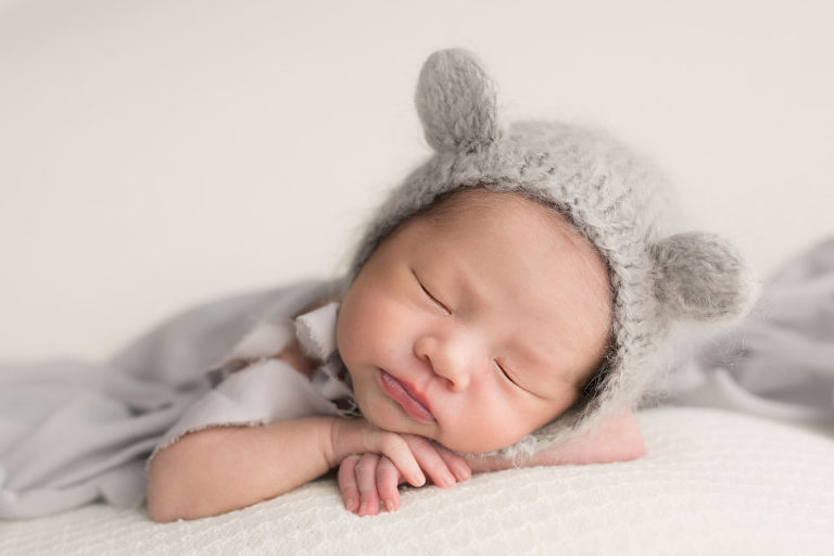 Newborn photography westfield nj session by avnida photography the cute bunny ears and that perfect